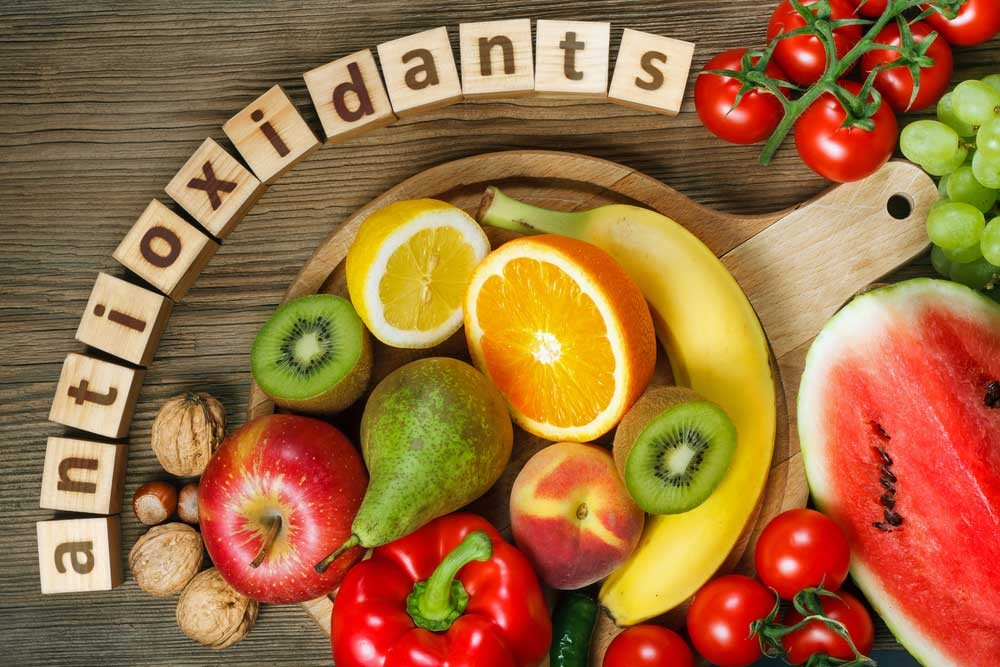 98087-10-Antioxidant-Rich-Food-Health-Benefits (1).jpg